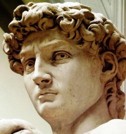 Copy-of-michelangelo_david_head